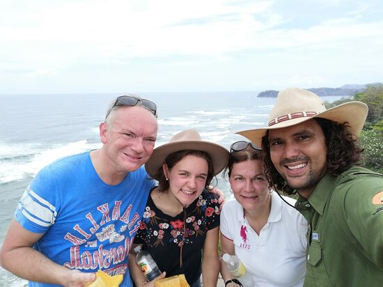 Playa Samara, Costa Rica: At the top of the mountain with the local guide Heiner