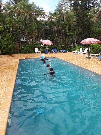 Grande Terre, Nouvelle-Calédonie : La piscine de l'hôtel