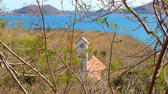 Noumea, New Caledonia: ◕ 🅂🅃 🅃🄷🄾🄼🄰🅂 🄲🄷🄰🄿🄴🄻 ✧✧ 🅽🆄🅼🅱🅾 🅱🅰🆈  𝑺𝒄𝒆𝒏𝒊𝒄 𝑷𝒐𝒊𝒏𝒕   ◕❀✧ 𝘿𝙪𝙘𝙤𝙨 𝘿𝙞𝙨𝙩𝙧𝙞𝙘𝙩  ❀✧  𝙉𝙤𝙪𝙢𝙚𝙖 𝘾𝙞𝙩𝙮   ✧╮( ╔╝ 𝕌ℝ𝔹𝔼𝕏 𝕊𝕀𝕋𝔼 ╔╩ )
