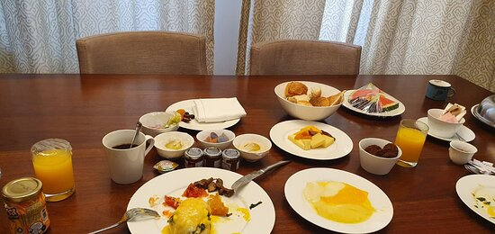 room service in villa