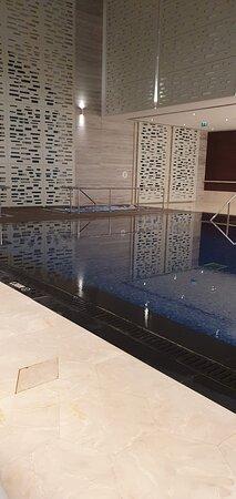 swimming pool mixed area wellness