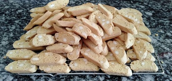 Cantucci with almond
