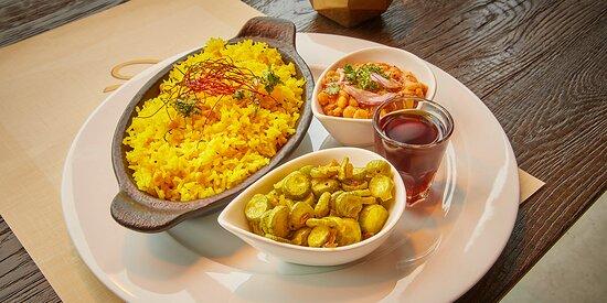 Paanakam (Ayurvedisches Gericht-Vegan) Tindola und indisches Gemüse mit Linsen