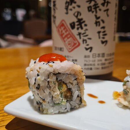 Sushi fusion con sakè