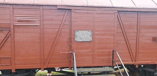 Kompozicija spomen vlaka
