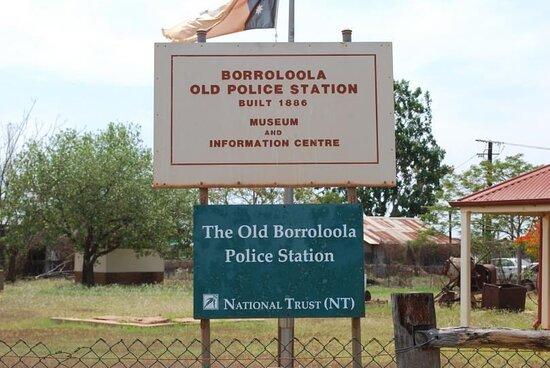 Borroloola, أستراليا: signage