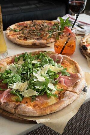 Lynora's Pizza