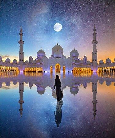 Wie traumhaft die Sheikh Zayed Moschee aussieht! Ein Muss, wenn man in Abu Dhabi ist!