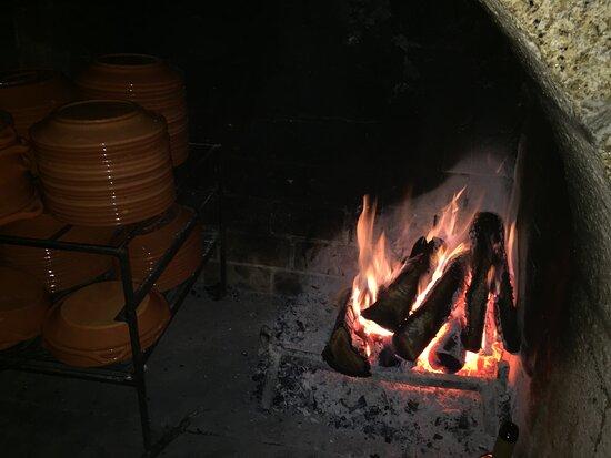 Restaurante caloroso ao estilo medieval!