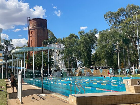 Swan Hill Outdoor Pool