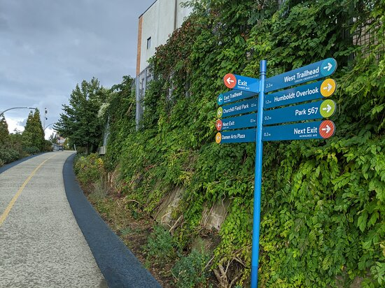 Bloomingdale Trail