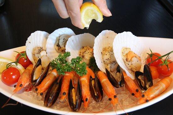 Deep Ocean Seafood Platter