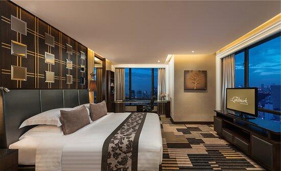 EXECUTIVE SUITE   Discover more >> http://www.landmarkbangkok.com/2-bedroom-executive-suite