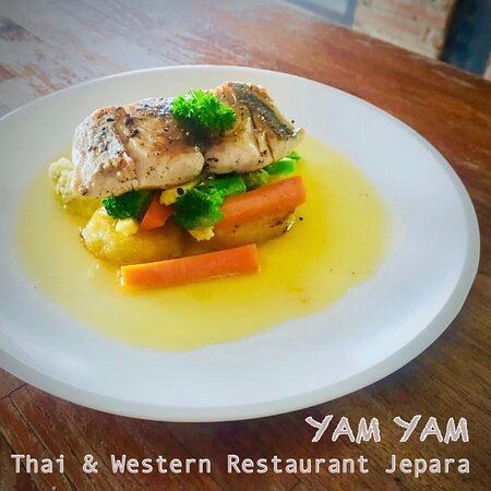Fish Steak butter lime sauce YAM YAM Restaurant Jepara is OPEN again!!! Everyday Full service Nonstop from 8:00-22:00 (last order 21:00)  See you... Kiss(from far away) all YAM YAM staff 😘 #YamYam #RestaurantJepara  #ThaiRestaurantJepara #RestaurantJepara #Jepara #KarimunJawa #EuropeanRestaurantJepara #FreshSeaFood #WesternFood #JeparaExpat #Foodblogger #jeparahits #Jeparaculinary #explorejepara #covid_19 #jeparafooddelivery