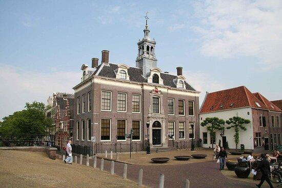 Volendam, Edam and Windmills Guided Day...