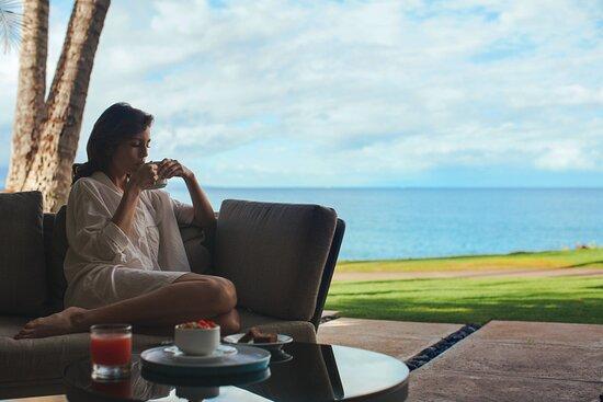 Oceanfront Breakfast