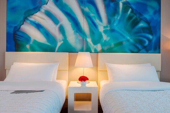 Deluxe Sea View Room – Twin