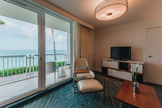 Ocean Front Suite - Balcony