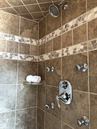 Acqua ensuite - Picture of Suites at 249, Culpeper - Tripadvisor