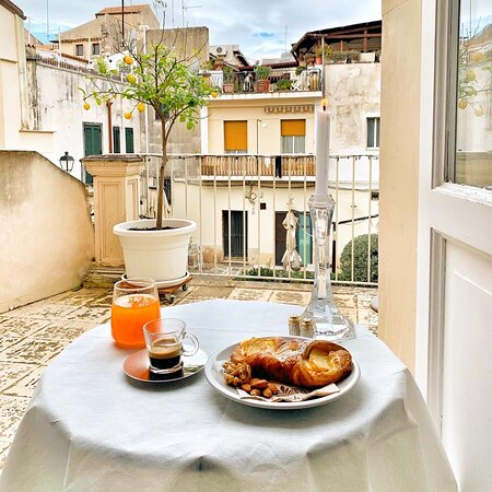 Ottima colazione all'italiana presso La Residenza del Reginale - Charme B&B Ortigia.