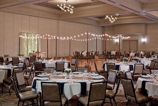 MeadowView Ballroom - Reception Setup
