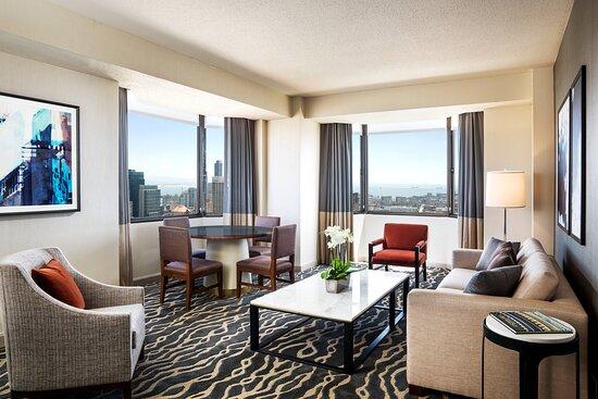Tower Building Cityview Suite – Parlor