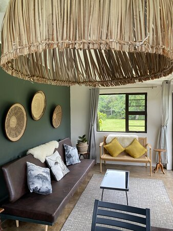 OppiePlaas Haga Haga Country Cottage living room