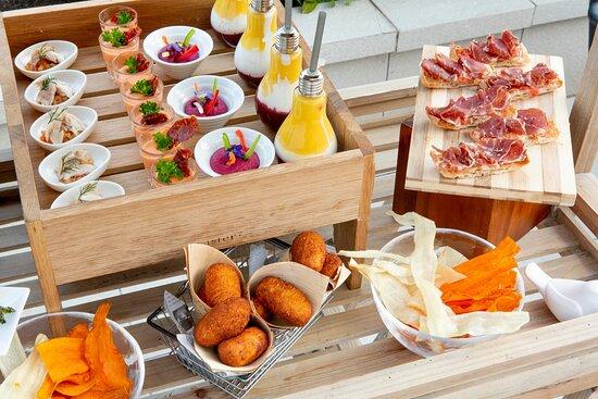Grand Terrace Suite Breakout Room - Gastronomy
