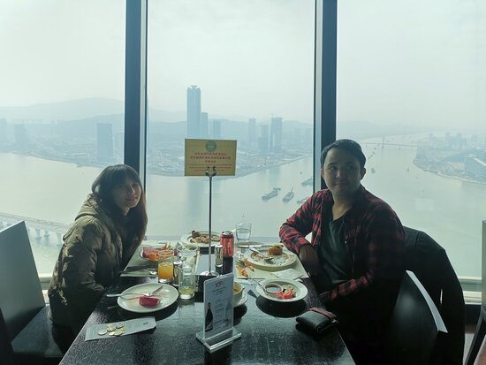 Amazing view but normal food.