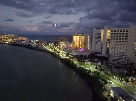 Cancun, Mexico: La Isla Shopping Village