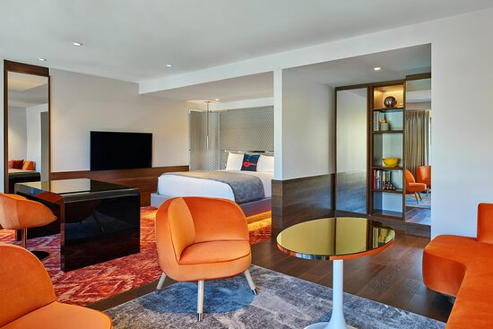 Wow Suite Living Room