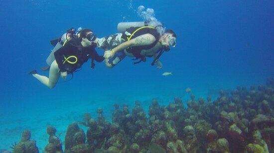 Diving in Cancun with Scuba Cancun Dive Ceter