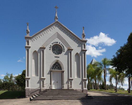 Igreja São Vitor e Corona