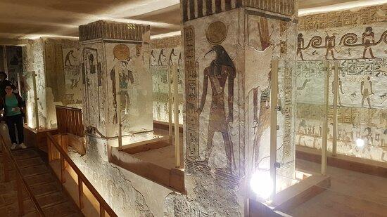 Luxor Day tour From Hurghada: Im Tal der Könige. Besichtigung der Grabstätten