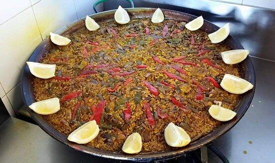 Paella valenciana.  Valencian paella.