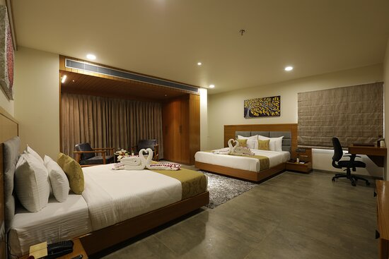 Liberty Room with two King size beds - Most suitable for family of four.