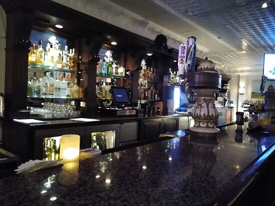 Bluewater Grill bar.....