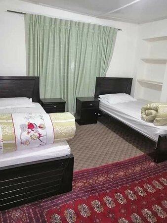 Mondoq Palace Hotel Skardu