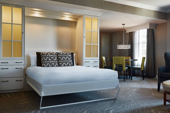 Suite with Murphy Bed