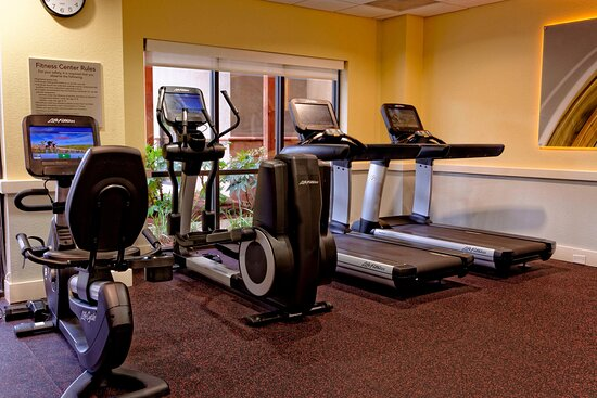 Fitness Center – Cardio Machines
