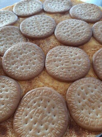 Pozo Izquierdo, ספרד: Tarta casera de galletas, natillas y chocolate