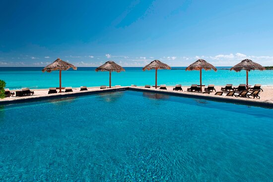 Royal Beach Club Pool Area