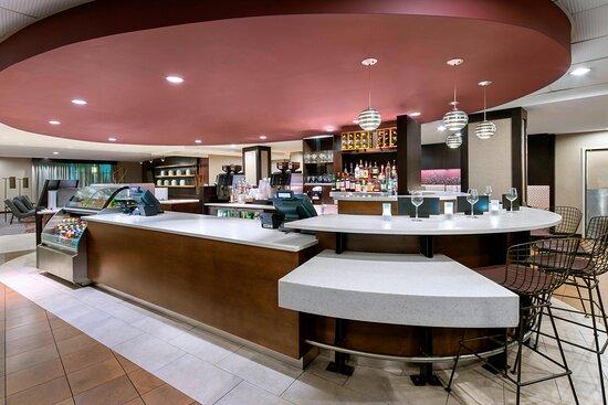 The Bistro Bar & Restaraunt