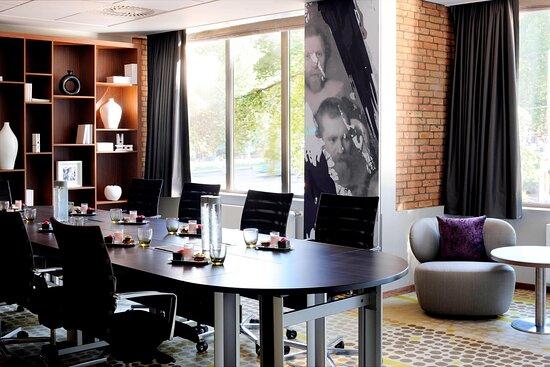 Studio 3 - Boardroom Setup