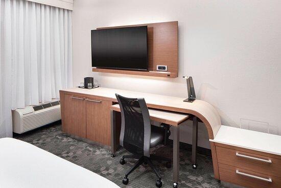 Guest Room - Work Area