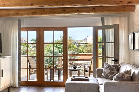 Guest Room - Resort Casita