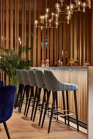 Floor No 2 Restaurant - Bar