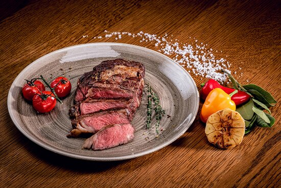 Champions - Bar & Restaurant - Flank Steak, Sous Vide