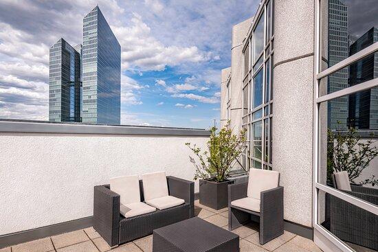 Junior Suite with Terrace - Terrace