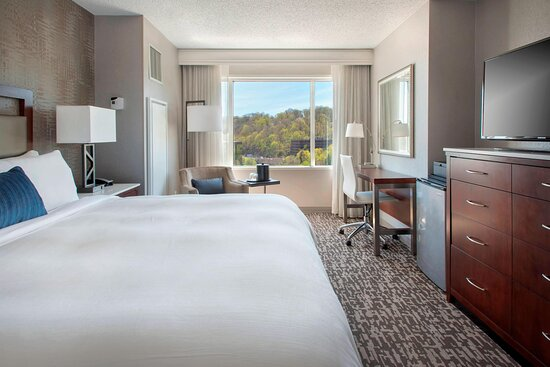 King View Guest Room